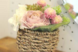 【高品質造花アレンジ】バラ&マム・ピンク系・感謝をこめて