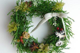 大人シックなクリスマスリース(高品質造花・小・Sサイズ・17cm)