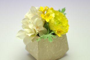 【高品質造花お供え花】ラナンキュラス・輝き