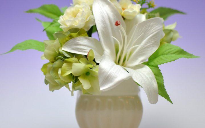 【高品質造花お供え花】ユリ&ラナンキュラス・華麗